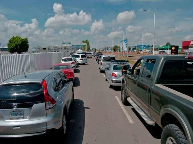 Gobernadores piden a paisanos no venir a México