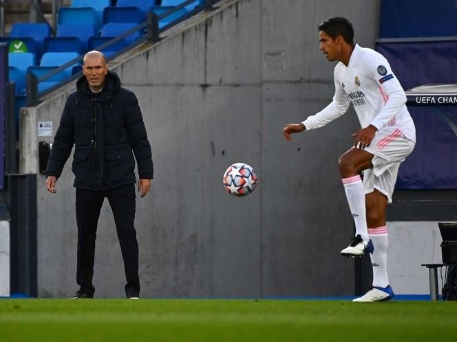 Dudas inundan al Real Madrid; le llueven críticas