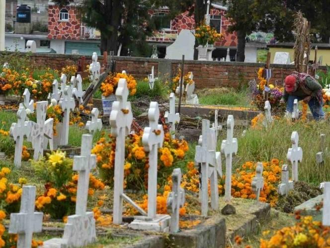 Tecámac sin 'calaverita', misas y con panteones cerrados por Día de Muertos