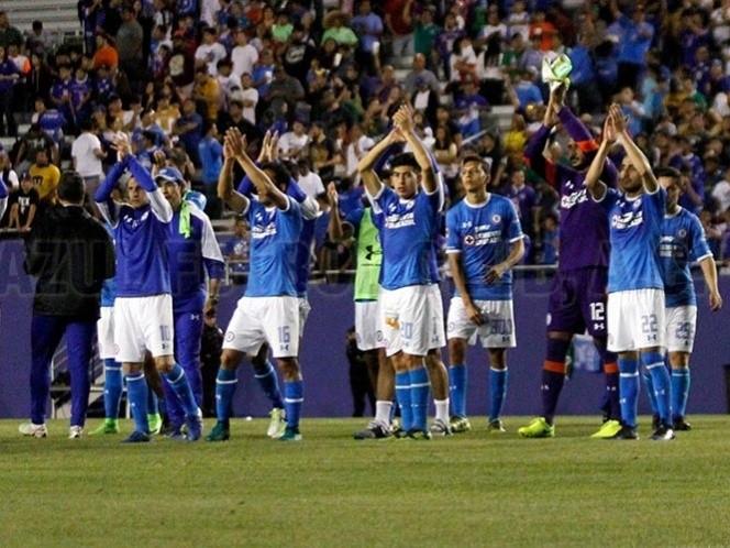 En amistoso, Cruz Azul vence a Pumas en penales