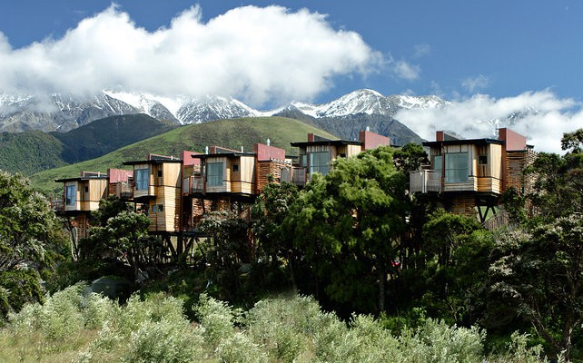 18 Of The World's Most Amazing Tree Houses