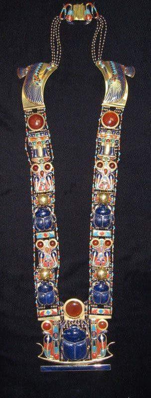 Scarab necklace of king tutankhamoun