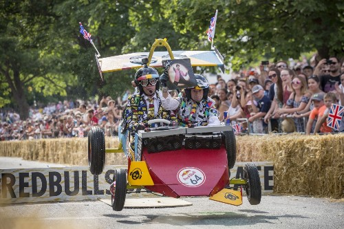 Soapbox Derby in London: Pictures