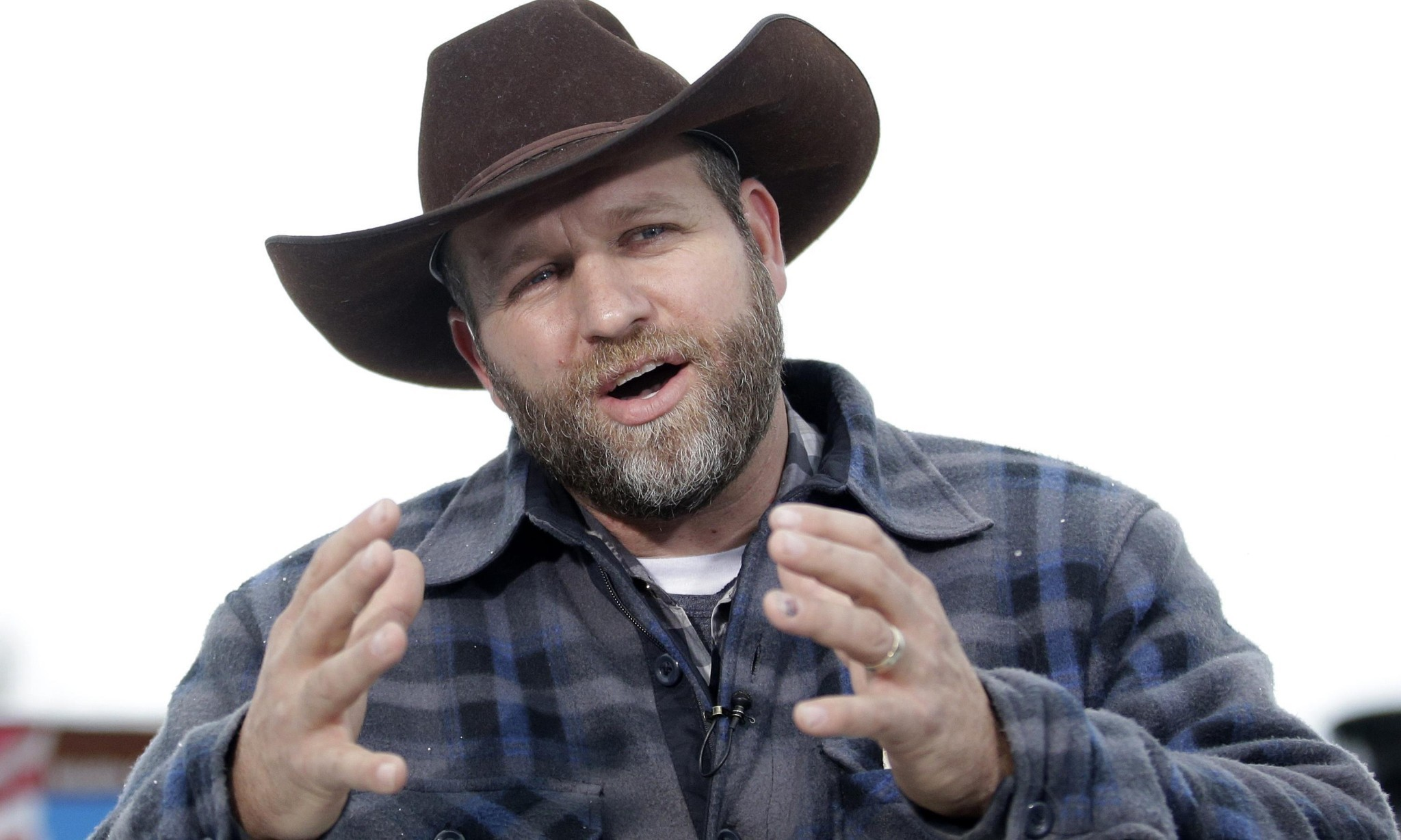 Bundy brothers arraigned on felony charges in armed Nevada standoff