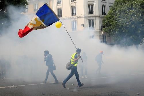 """Faible mobilisation des """"Gilets jaunes"""" à la veille des élections"""
