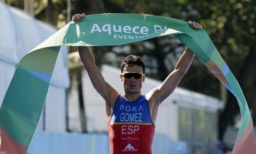 جوميز نويا بطل العالم في الثلاثي ينسحب من اولمبياد ريو عقب حادث