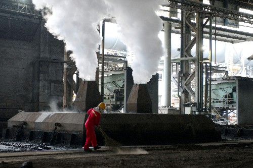 China plans to toughen emission checks on steel mills