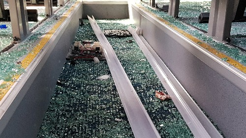 Explosion hits tourist bus near Egypt's Giza pyramids - security sources