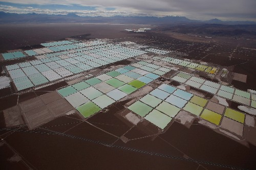 Chile taps China, Japan in lithium-for-tech push, faces tough sell