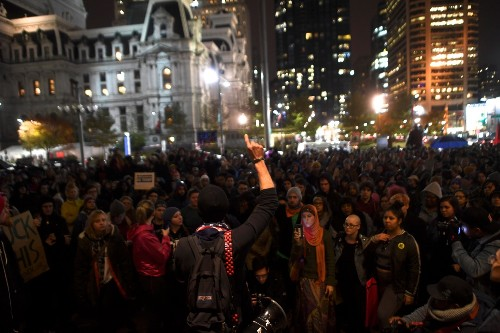 Anti-Trump Protests Sweep Across the Country: Pictures