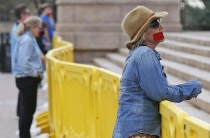 Oklahoma lawmakers OK bill criminalizing performing abortion