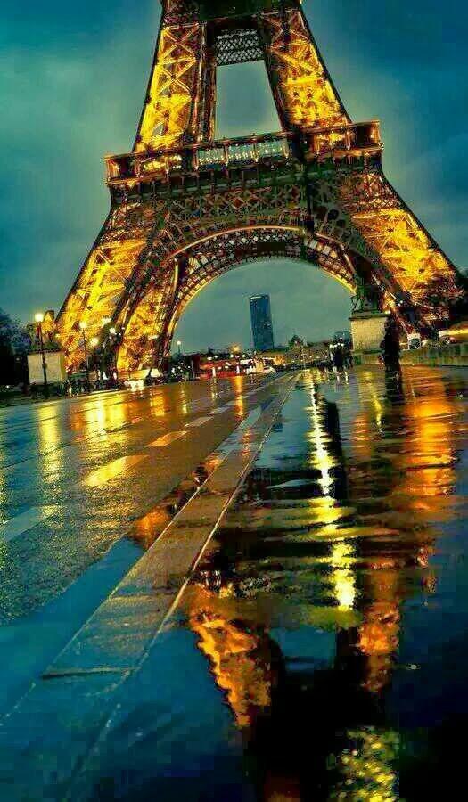 امسية باريسية.