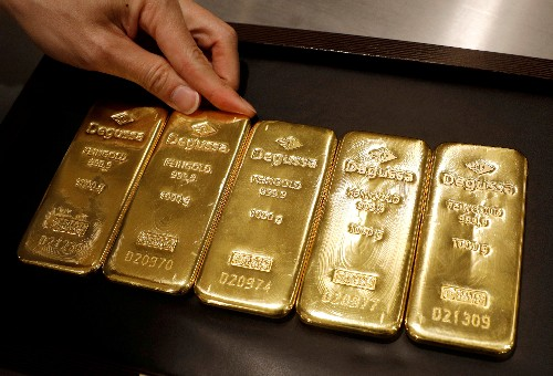 Gold at over 6-year peak as trade war escalation sparks safe-haven rush
