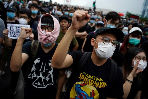 Hong Kong ignores protest deadline to scrap extradition bill, sets stage for further protests