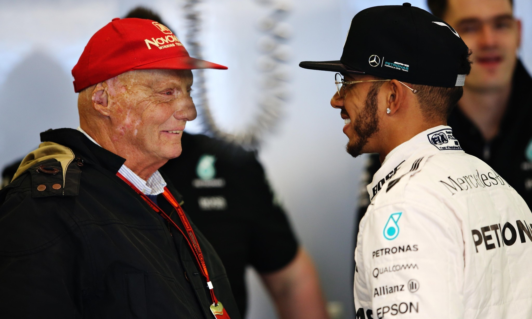 Niki Lauda backtracks on comments about Lewis Hamilton