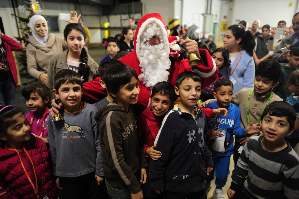 Christmas Eve Around the World: Pictures