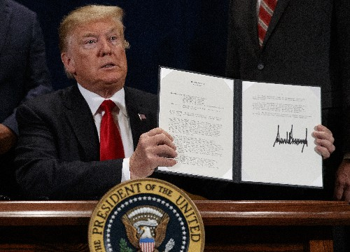 Trump wants to cut red tape, hasten water projects in West