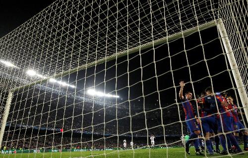 Barcelona convida Chapecoense para amistoso no Camp Nou