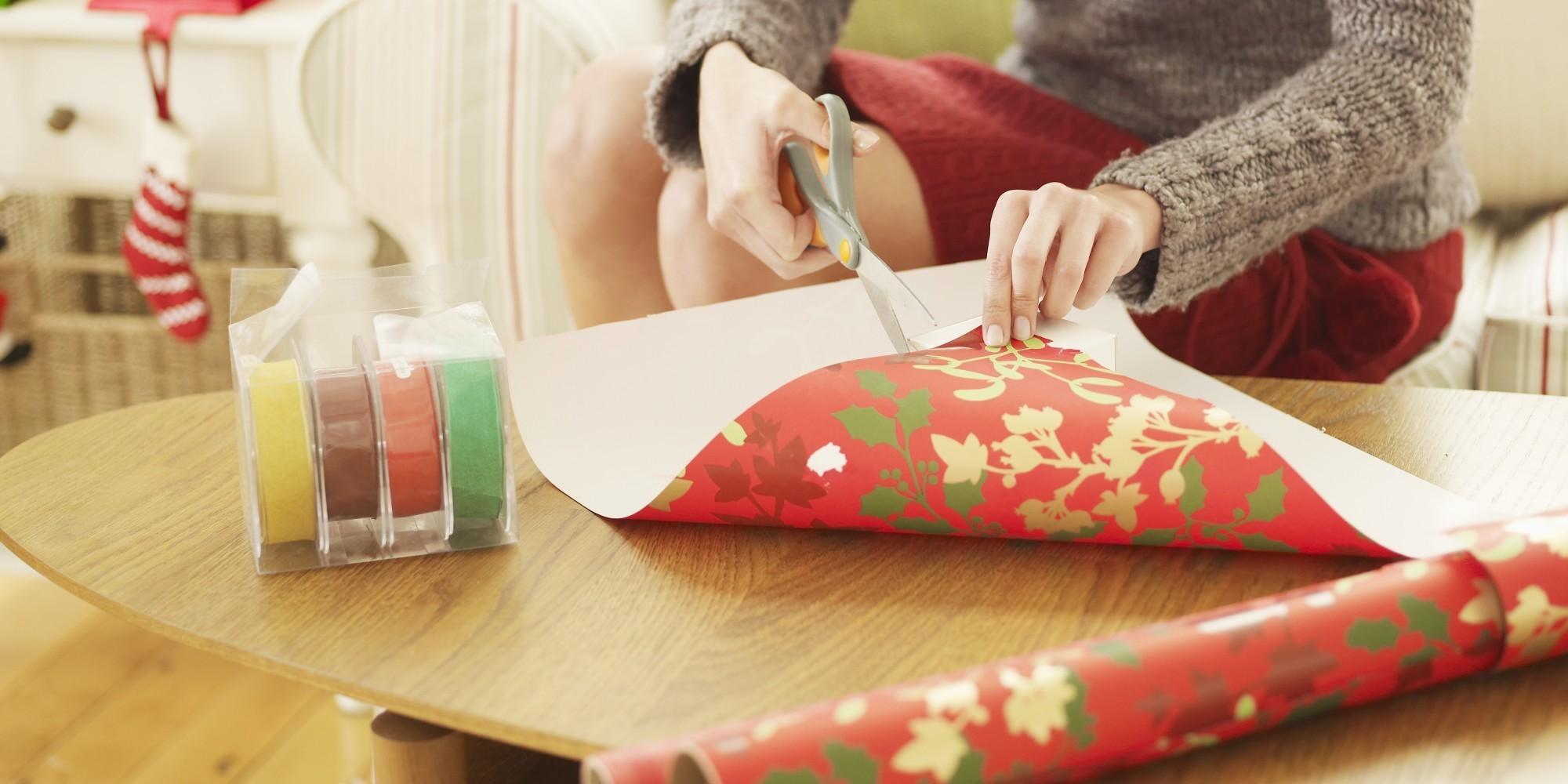 Este truco de Papá Noel servirá de inspiración a quienes no se les da bien envolver regalos