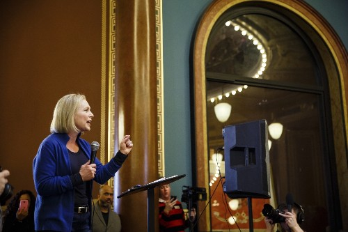 Gillibrand, in Iowa, highlights family, children issues