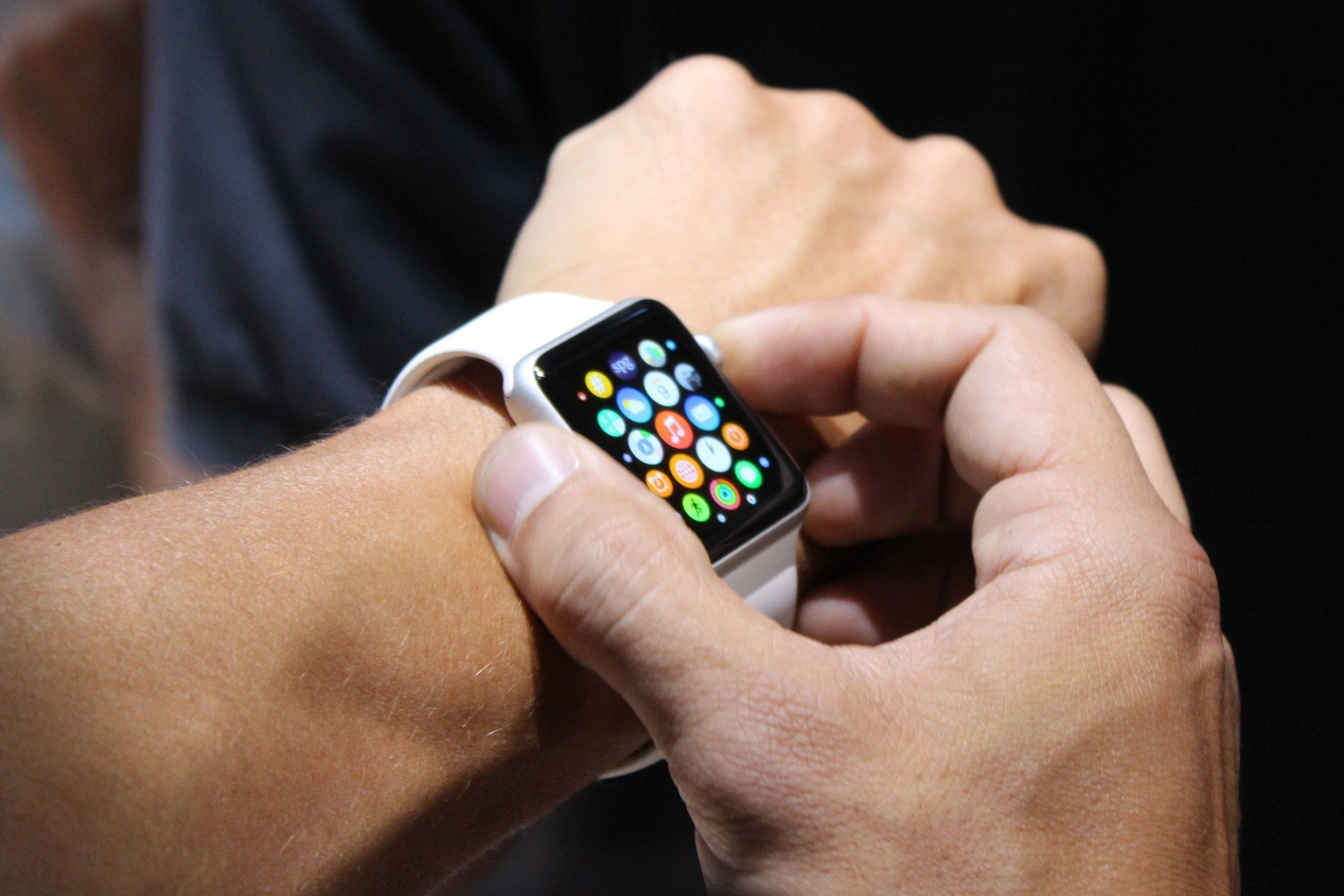 Reported Apple Watch battery life, chip capabilities surface