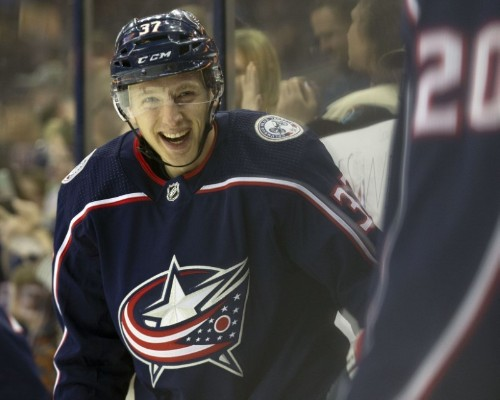 Blue Jackets sign LW Hannikainen to one-year contract
