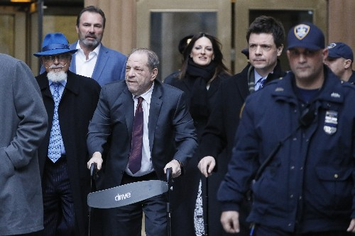 Weinstein jurors focus on Sciorra as deliberations continue