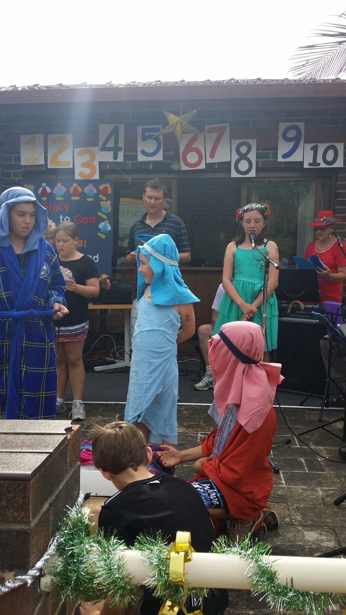 All the kids..done a wonderful job on stage...isnt it funny that joesph went 4 parramatta lol