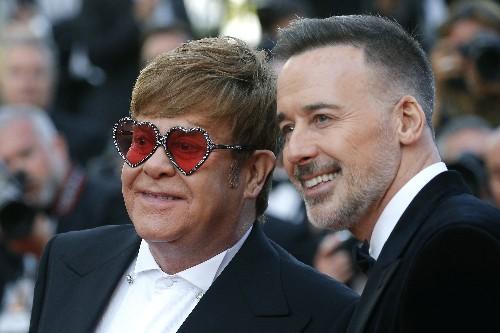 Elton John critica la censura de escenas gay de 'Rocketman' en Rusia