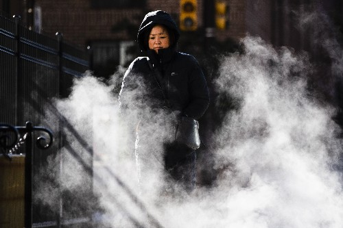 Arctic blast spreads shivers from Maine to Deep South