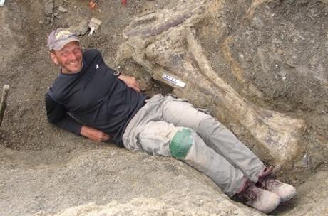 Battleship beast: colossal dinosaur skeleton found in southern Patagonia