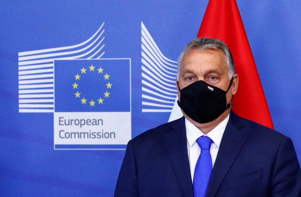 """Le pacte migratoire de la Commission européenne n'est pas du tout une """"avancée"""", dit Orban"""