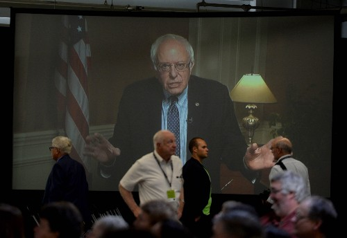 Democrats Gear Up for Debate: Pictures