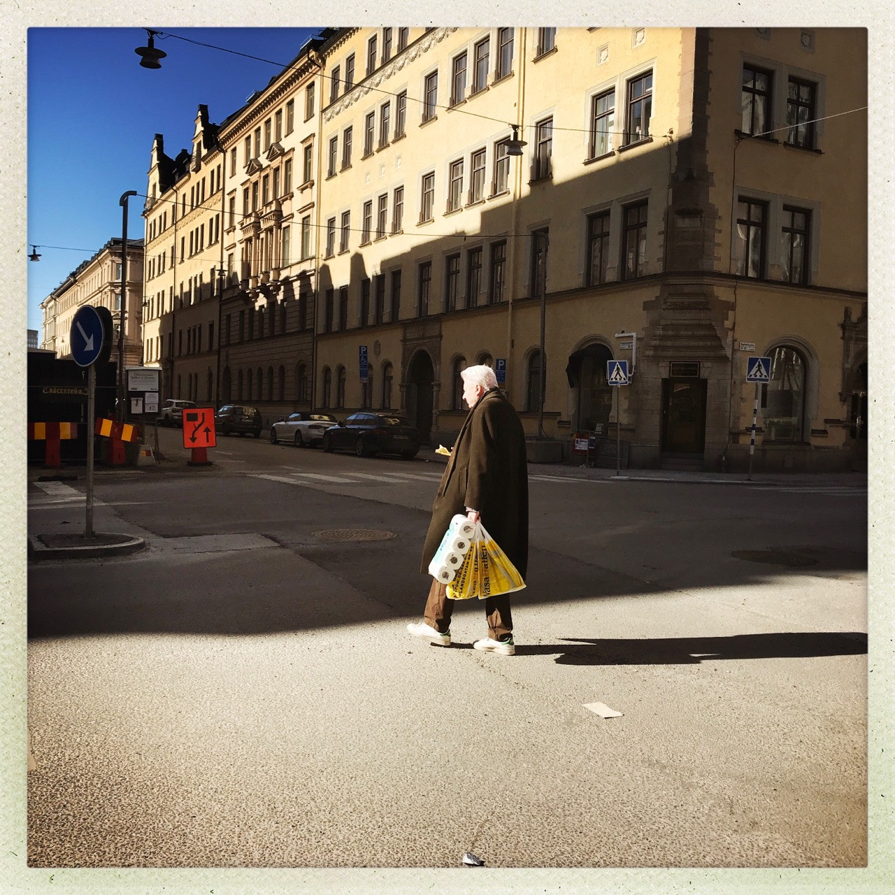 From the light into the shadows #street #stockholm #hipstamatic