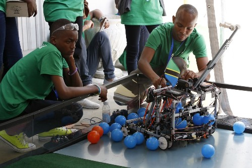 The First International Robot Olympics: Pictures