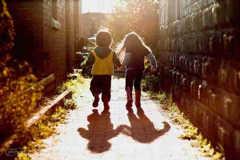 حبك موجود في قلبي منذ كنت صغيرآ و ذكريات حبك لم أنساها و بقيت عالقة في ذهني ﻷنك ببساطة نصفي الثاني...