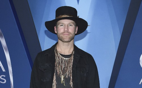 Country singer Drake White reveals brain condition