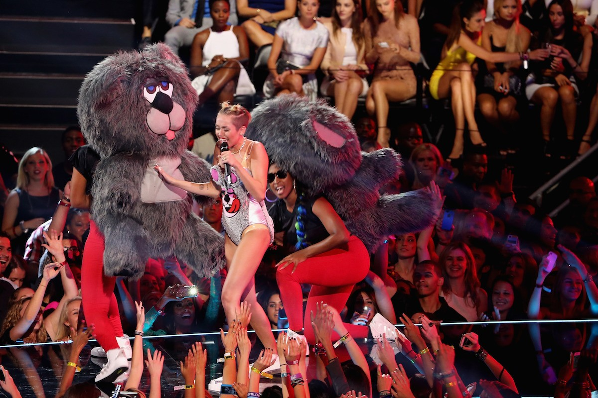 The Week in Review: Miley Mania