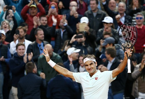 Draw hands Federer smooth start on French Open return