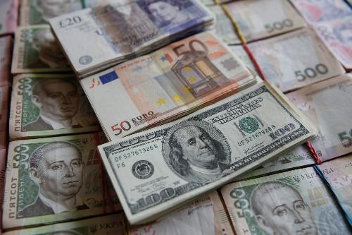 英ポンドとユーロ上昇、英EU離脱草案で合意 ドルには利食い=NY市場
