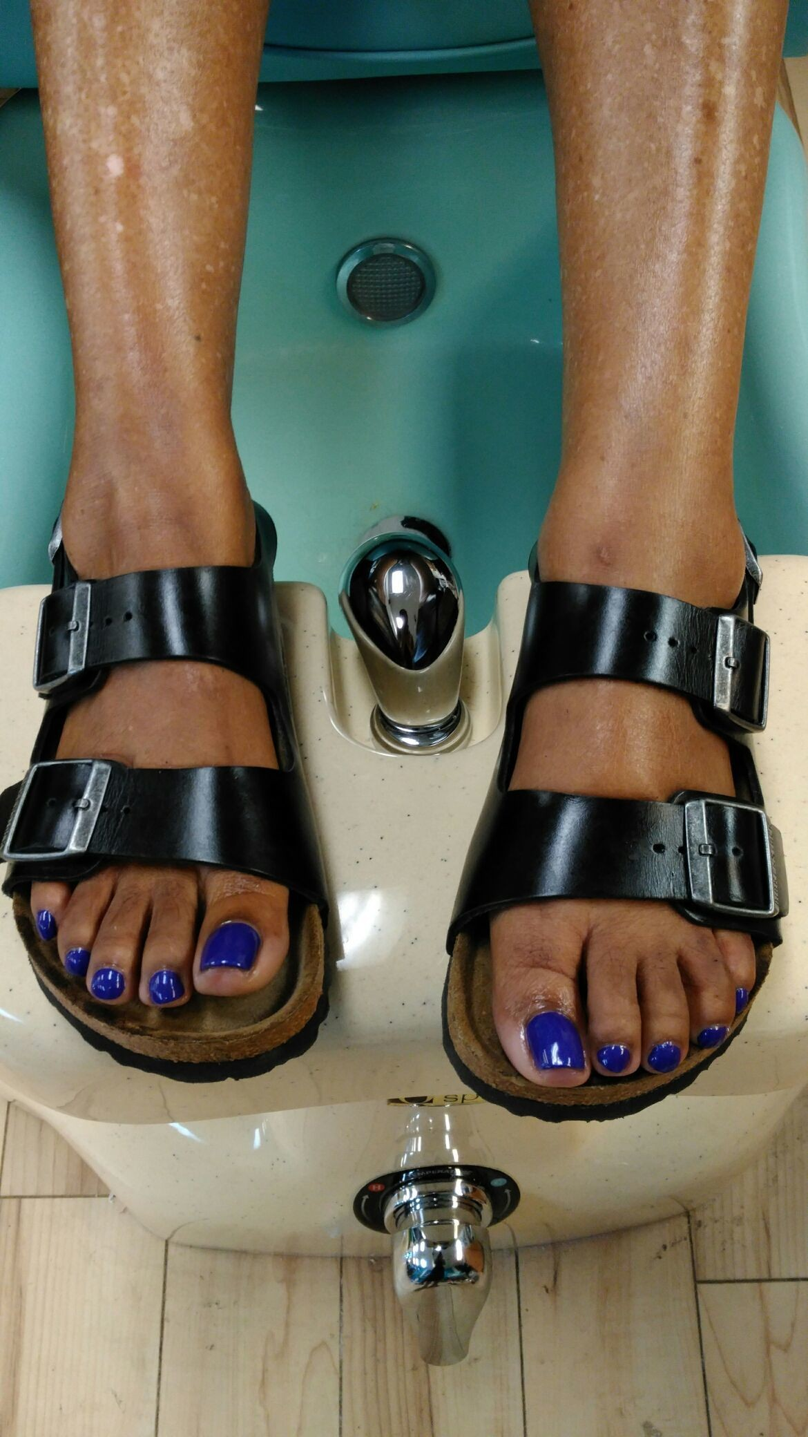 Thank u so much Ms. Dorothy for getting your #toes done with #ThaPolishQueen today! #ComeSeeMe #PrettyGurlsFeet #CleanBlackMasterNailTech #IDoNotRush #ITakeMyTime #UrMoneyWillBeWellSpent #YourToesMustBePerfectBeforeYouLeave #ComeExperienceMyHomemadeScrub #SpaologyNailSpa #ISupportBlackOwnedBusinesses Spaology Nail Spa & More 3000 Kavanaugh Blvd, Ste. C LR, AR 72205 To book your appointment email me @ PrettyGurlsFeet@gmail.com or call me at the salon @ 501.265.0303 or to book directly and purchase your service... Go to my website @ me on IG: @ms_beautiful_feet #ImWaitingOnYou