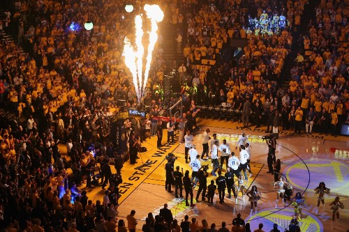 Warriors Crush Cavs in Game 1 of NBA Finals: Pictures