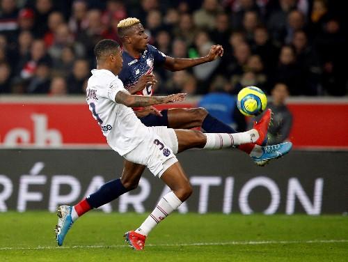Brilliant Neymar sends PSG 10 points clear