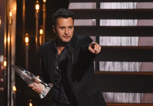 Chris Stapleton, Luke Bryan, Miranda Lambert win big at Country Music Association Awards