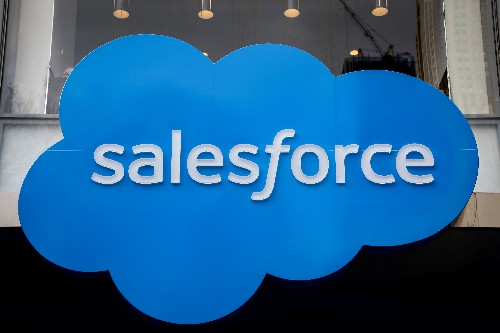 Salesforce sees higher quarterly, FY revenue; shares rise 7%