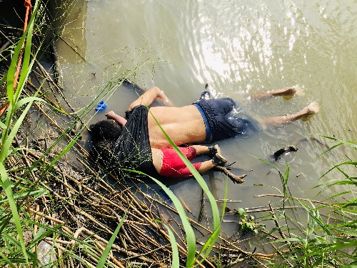 Drowned migrants photo shows failure to tackle desperation, UNHCR says