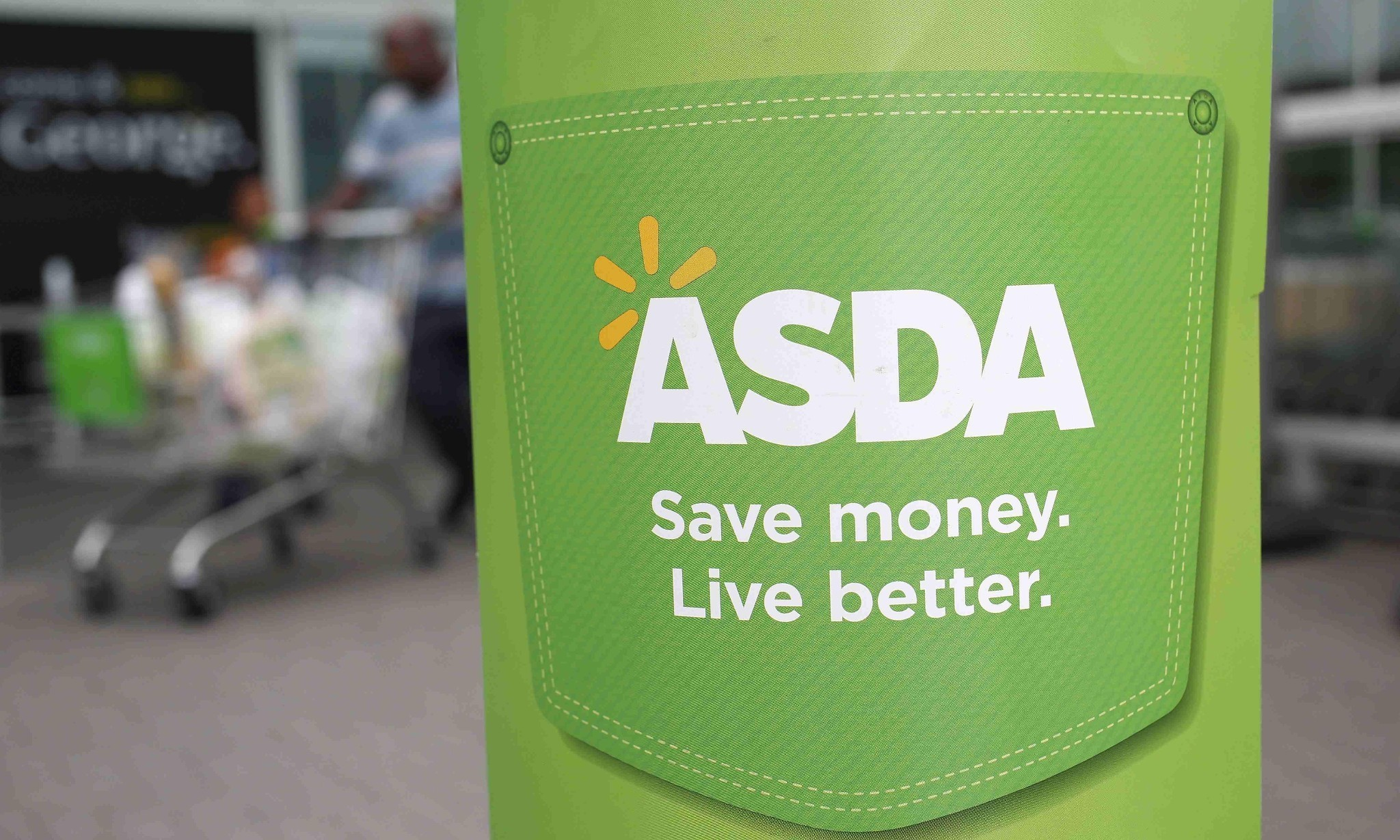 Asda urged to drop equal pay challenge and raise shop-floor wages