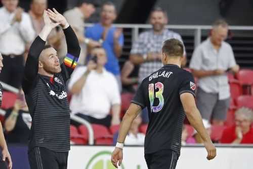 Rooney scores from own half in stunning strike for DC United