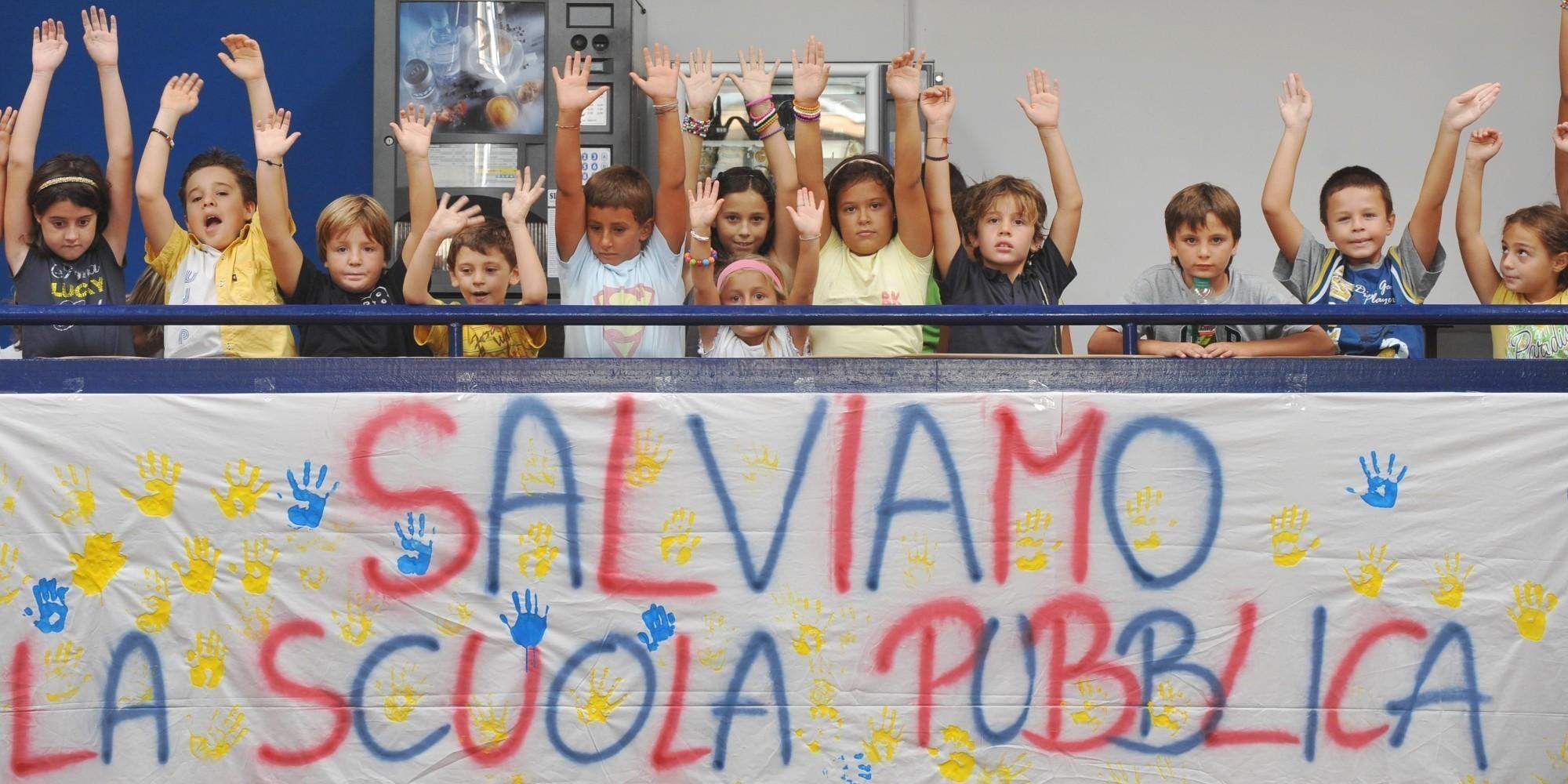 Bambini italiani senza stimoli culturali, con gravi lacune, costretti a stare in scuole inagibili. Il rapporto Save the Children