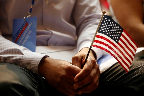 Judge rejects citizenship question for 2020 U.S. census